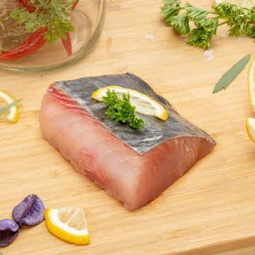 King Fish (Batang) Fillet 巴当鱼肉 (300g-350g)