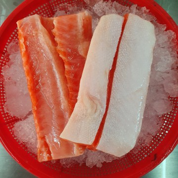 Frozen Salmon Belly 冰冻鳟鱼肚 (approx 500g)
